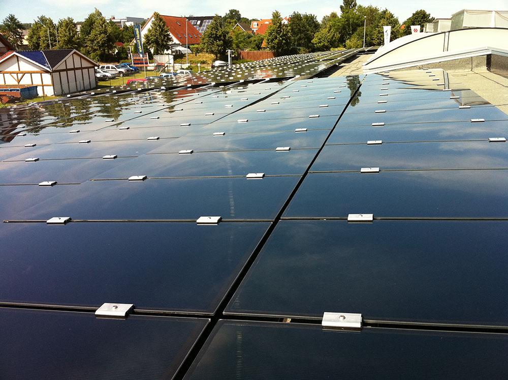 Photovoltaik-Anlage von multiwatt® - Autohaus, Elmenhorst, Mecklenburg Vorpommern