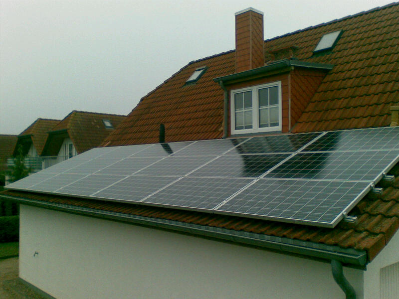 multiwatt-Photovoltaik-Anlage-Einfamilienhaus-Nienhagen